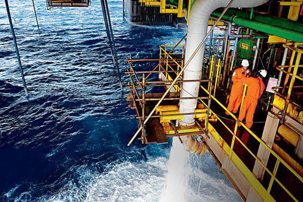 Petrobras prepara contratação da maior plataforma do Brasil para o campo de Búzios
