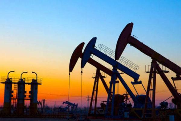 Forte oscilação da cotação do barril de petróleo acende alerta na indústria