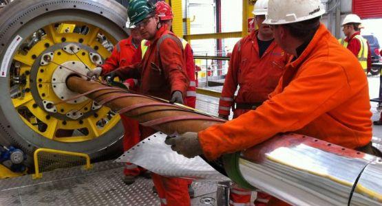 Resultado de imagem para Mercado de petróleo está embalado